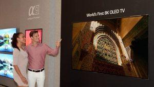 TV OLED 8K Pertama di Dunia